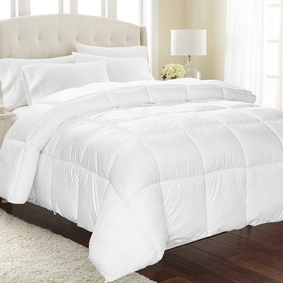 4. Equinox 350 GSM All-Season White Quilted Comforter